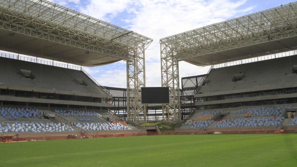 mondiali-2014-panasonic-sorveglia-lo-stadio-o-verdao-00_br_stadium.jpg