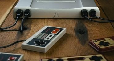 Nintendo NES, nuovo case in alluminio per la consolle