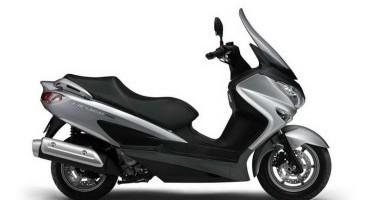 Suzuki Burgman 125 e 200 ABS: si contempla la gamma di scooter Suzuki