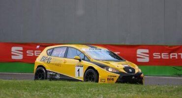 ACI Sport, CITE, Monza, Gara 1 a Moccia-Busnelli (Seat Leon), Tresoldi-P.Meloni (Bmw M3) secondi.