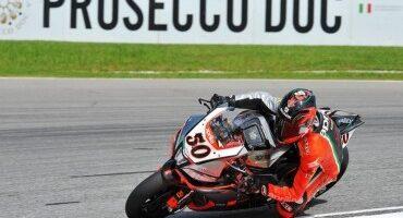 Mondiale SBK, Guintoli (Aprilia Racing) siglia la prima superpole sul circuito di Sepang