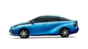 toyota-svela-il-design-esterno-della-sedan-fuel-cell-fcv1406_side