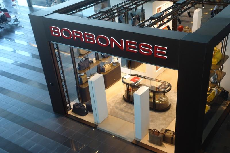 A torino caselle il nuovo corner shop borbonese della for Sandro cioni arredamenti