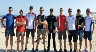 WSBK: i piloti incontrano i fan sul lungomare di Portimao