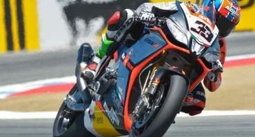 WSBK, Laguna Seca, in Gara 1 Melandri precede Guintoli, soddisfazione nel Team Aprilia Racing