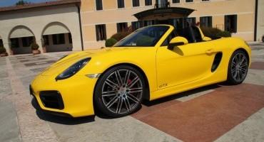 Porsche, festeggiamenti con raduno al Mugello per l'arrivo della versione GTS di Boxster e Cayman