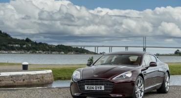 Aston Martin presenta Vanquish e Rapide S MY2015