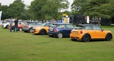 Il più grande raduno mondiale di Mini classiche all' International Mini Meeting 2014