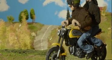 Ducati, i dettagli del nuovo Scrambler in un originale e divertente video su internet