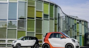Smart fourtwo e forfour, al via gli ordini