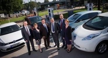 """Nissan promuove il nuovo progetto britannico """"RAPID CHARGE NETWORK per veicoli elettrici"""