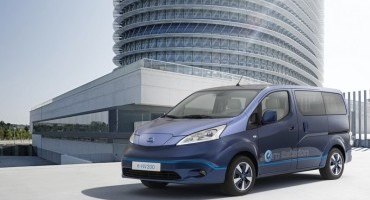 Nissan presenta il veicolo a emissioni zero eNV200 Vip Concept