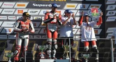 Superbike, la Ducati 1199 Panigale R vince il titolo piloti ed il titolo costruttori del CIV