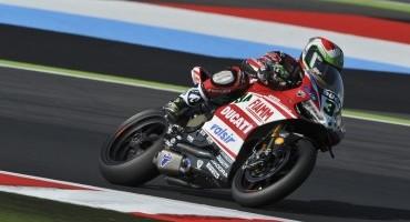 Mondiale SBK, Magny-Cours: Giugliano e il Ducati Superbike Team chiudono al primo posto la prima giornata di prove