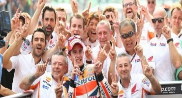 Marquez takes 12th win of 2014 with victory in Malaysia sealing Constructor's Title for Honda