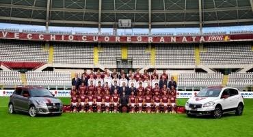 I calciatori del Torino F.C. scendono in campo con la nuova Suzuki Swift Toro Edition