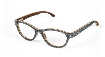 Frassino Scuro: una nuova essenza per l'eyewear WooDone