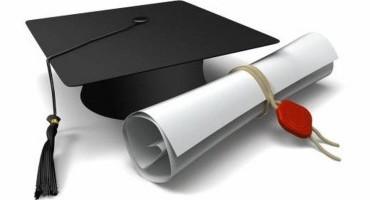 Potrà mai una laurea farci diventare più virtuosi e prudenti alla guida?