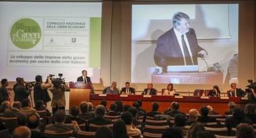 """Green Economy, Edo Ronchi: """"L'economia verde, la strada maestra per uscire dalla crisi"""""""