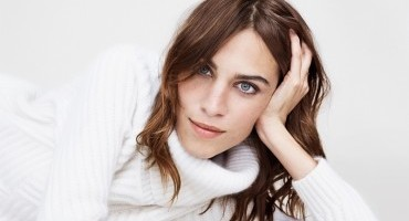 Tommy Hilfiger introduces Alexa Chung as guest editor for the Fall 2014 Women's Collection