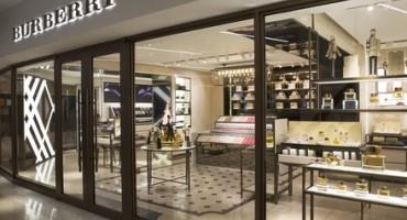 Il primo Burberry Beauty Box apre in Asia