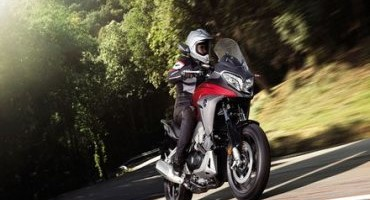 Honda presenta il nuovo Crossrunner 2015