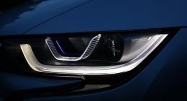 BMW:  Intelligent Laserlight e OLED technology, le novità al CES di Las Vegas