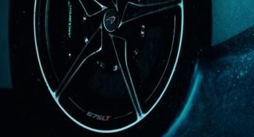 Al Salone dell'Auto di Ginevra 2015 la nuova McLaren 675LT svelerà le sue forme