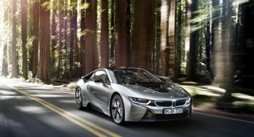 """BMW emerges victorious in the readers' vote held by """"auto motor und sport""""."""