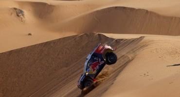 Dakar,Peterhansel sfrutta il potenziale della PEUGEOT 2008 DKR sulle dune