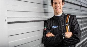 McLaren GT adds Bruno Senna to Factory driver Line-Up ahead of 2015 season