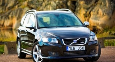 """Volvo Car Italia: """"Ogni Età ha i Suoi Vantaggi"""", l'iniziativa per viaggiare in sicurezza anche sui modelli meno recenti"""