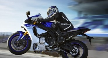 Al Motodays 2015, Yamaha presenta la nuova regina delle supersportive, la YZF-R1