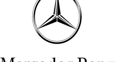 """Mercedes-Benz: """"Rosso Mille Miglia"""", prima pellicola sulla corsa più bella del mondo a bordo di una 300 SL 'Ali di gabbiano'"""