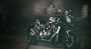Yamaha, per i 30 anni del modello VMAX , la nuova versione CARBON M.Y. 2015