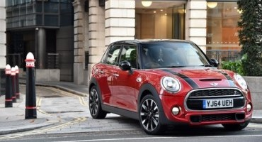 "The new MINI: the new original is now the new ""Value Master"" too."