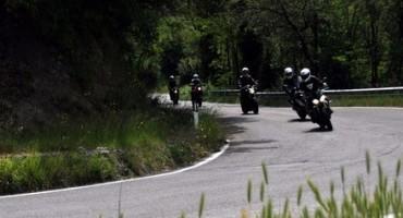 Triumph Italia rinnova la partnership con la scuola FMI di Guida Dinamica Sicura su Strada
