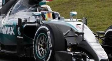 Formula1, GP della Malesia, Hamilton in Pole, 2° posto per la Ferrari di Vettel, 3° Rosberg