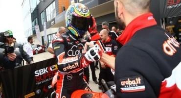 WSBK, MotorLand di Aragon, Chaz Davies e la sua Ducati in cima al podio in Gara 2, poi Rea e Haslam