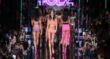 Calzedonia, le nuove tendenze mare per l'estate 2015, ambasciatrice Melissa Satta