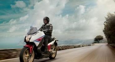 Honda Motor, su Integra 750 finanziamento senza interessi, fino al 31 Luglio 2015