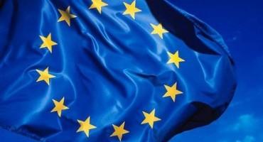 Unione Europea, incidenti stradali: diminuisce ma non è in linea con le previsioni il tasso di mortalità (- 18,2% dal 2010 al 2014)