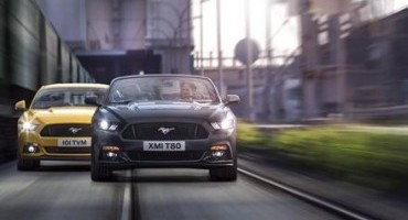 Nuova Ford Mustang, prestazioni mozzafiato