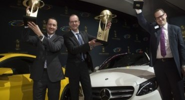 "Mercedes-Benz, al salone di New York la Classe C è premiata ""World Car of the Year"" 2015"