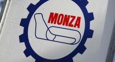 Grande entusiasmo per il passaggio della Mille Miglia all'Autodromo Nazionale Monza (domenica 17 maggio)