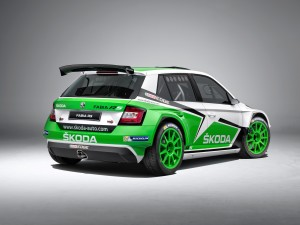 premiere-internazionale-per-la-nuova-skoda-fabia-r5-03_three_quarters_right