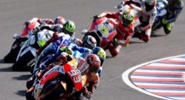 MotoGP, Marquez battles hard for 4th place in France with Pedrosa showing courage despite crash