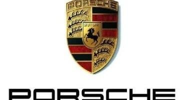 Porsche presenta l'edizione Black Edition delle versioni Boxster e 911 Carrera