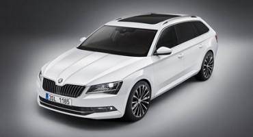 Nuova ŠKODA Superb Wagon: design elegante, espressivo, dinamico e spazio interno da primato