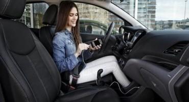 Nuova Opel Astra: la prima vettura del suo segmento, compatibile con Apple CarPlay e Android Auto